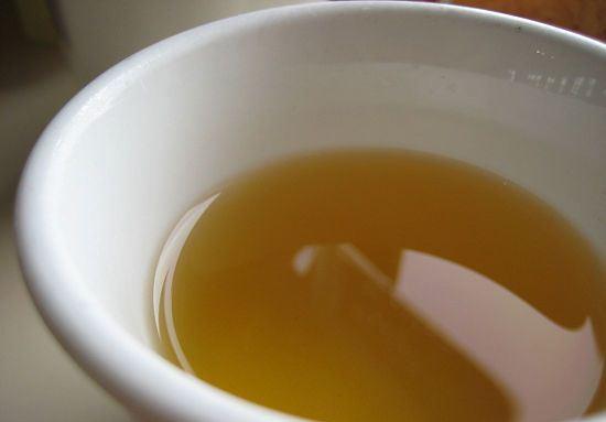 663890 Os chás oferecem muitos benefícios no processo de cura da tosse com catarro. Foto divulgação Como curar a tosse com catarro
