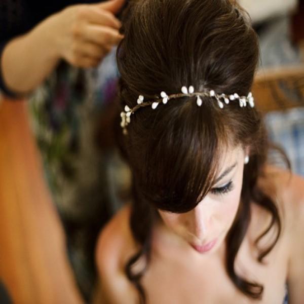664472 Penteados simples e fáceis para noivas dicas fotos.2 600x600 Penteados simples e fáceis para noivas: dicas, fotos