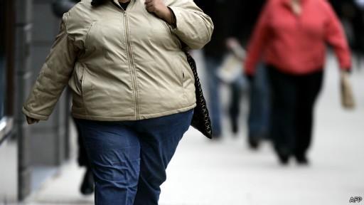 677606 Chamar obesidade de doença faz obesos comerem mais 01 Chamar obesidade de doença faz obesos comerem mais