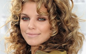 Hairstylist inglês das famosas dá dicas de beleza