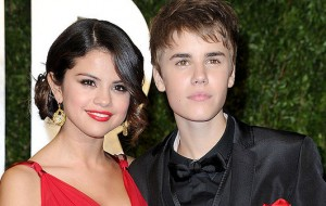 Justin Bieber dá depoimento à polícia sobre Selena Gomez
