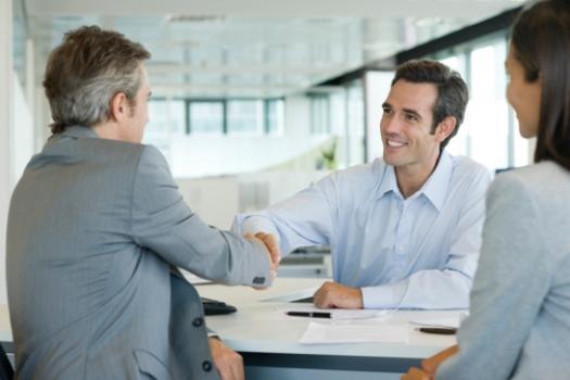 Esclareça dúvidas sobre empréstimo consignado