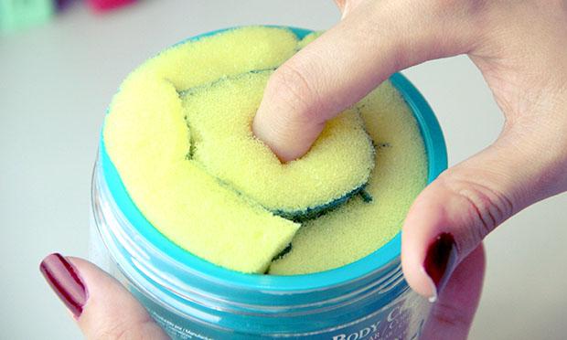 Faça um removedor de esmaltes de pote
