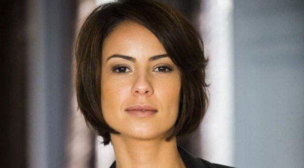 Veja como repetir o corte de cabelo de Andréia Horta