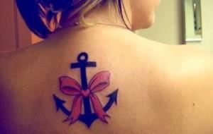 Tattoo femininas nas costas modelos e dicas