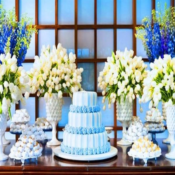 Decora??o de casamento azul e branco