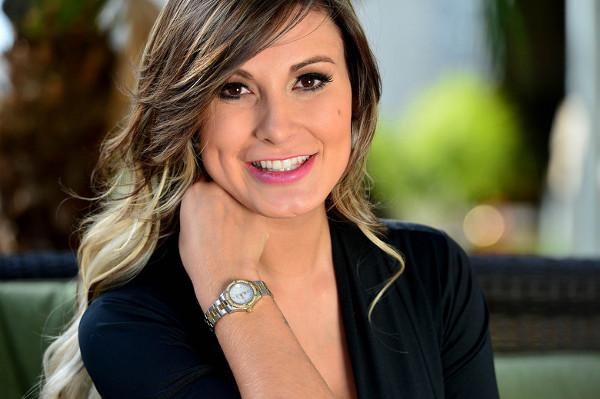 Andressa Urach pede perdão publicamente