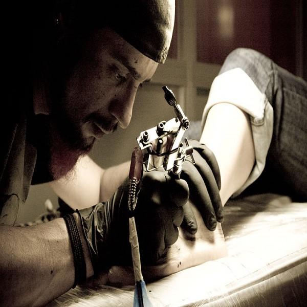 713306 Curso de Tatuador em São Paulo 3 600x600 Curso de Tatuador em São Paulo
