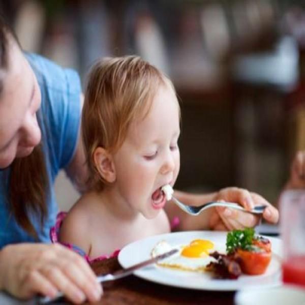 714451 alimentos influenciam no desenvolvimento da crianca 1 600x600 Alimentos influenciam no desenvolvimento das crianças