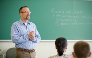 UFSM realiza Concurso para Professor Substituto