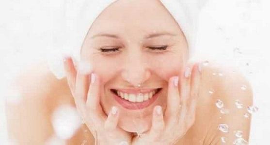 718578 Limpeza de pele e seus benefícios 04 Limpeza de pele e seus benefícios