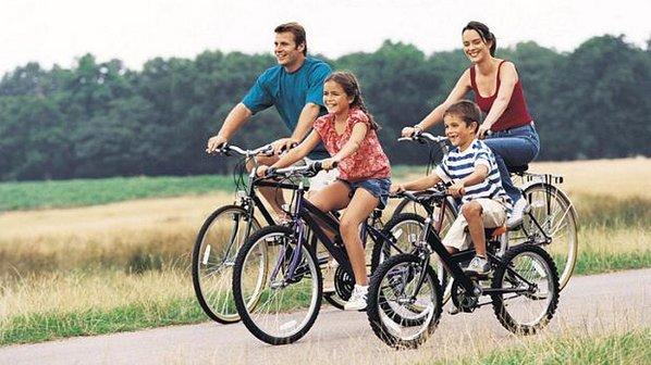 720512 Atividades físicas em família 1 Atividades físicas em família