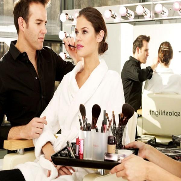 721707 Cursos de maquiagem online 2015 1 600x600 Cursos de maquiagem online 2015