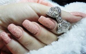 Tendencias de unhas decoradas para pés e mãos