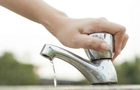 722709 Cano que ajuda a economizar água 03 Cano que ajuda a economizar na conta de água
