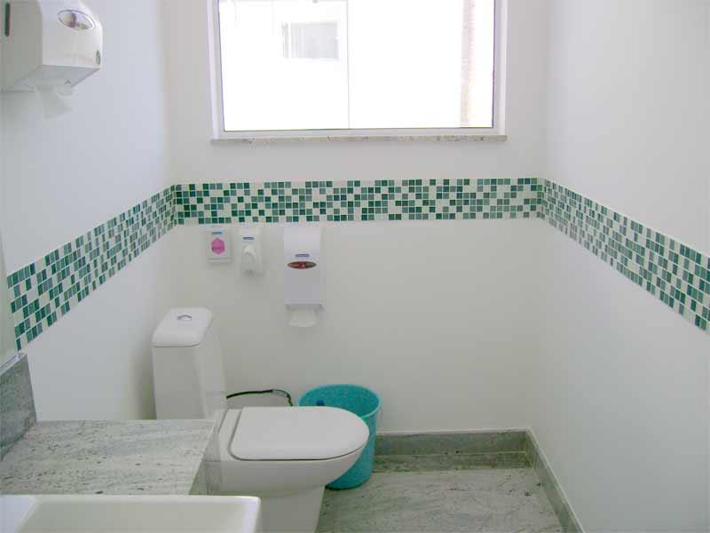 15 Banheiros decorados com pastilhas -> Banheiro Decorado Com Pastilhas Verdes