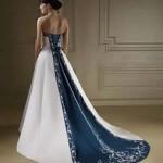 74548 detalhe na calda azul 150x150 Vestidos de Noiva Coloridos   Fotos