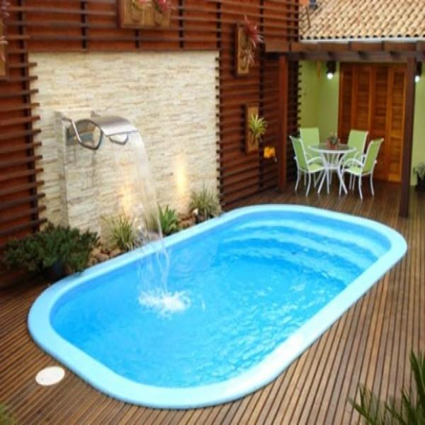 10 modelos de piscinas para casas pequenas for Piscinas pequenas de obra