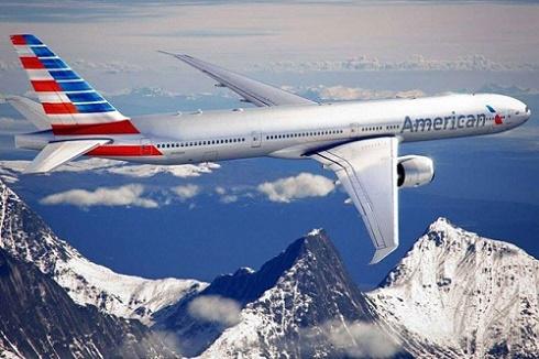 Piloto de avião comercial da American Airlines morre em pleno voo