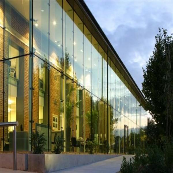 95421 fachada vidro temperado laminado 600x600 Vidro Laminado ou Temperado Preço m2