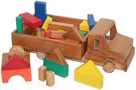 Brinquedos Educativos para Crianças em Madeira