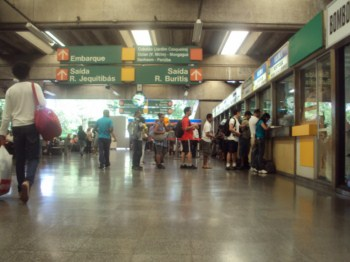 Movimentação na estação Jabaquara.