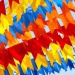 bandeirinhas juninas 300x2251 150x150 Festa de São João 2012   Origem, Comidas Típicas, Simpatias