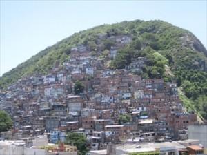 favelas brasileiras 1 300x225 Problemas das Favelas Brasileiras
