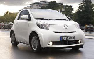 ToyotaIQ Fotos Toyota iQ   O Menor Carro que Existe