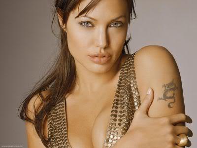 angelina jolie 1 Fotos da Angelina Jolie Antes da Fama (Na Adolescência)