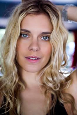 carol2 Carolina Dieckmann na Nova Novela das Sete: Três irmãs