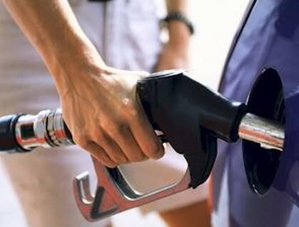 gasolina2 Gasolina Adulterada (Batizada)   Saiba como Identificar