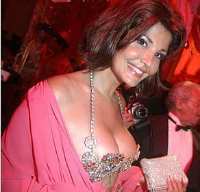 roberta close Transsexual Roberta Close: Fotos, Vídeos, Biografia