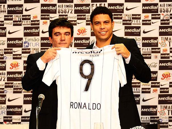 ronaldo no corinthians 02 Jogador Ronaldo no Corinthians: Fotos e Vídeos