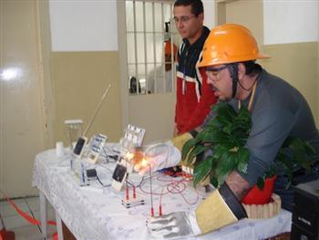 Curso de Eletricista Gratuito no Rio de Janeiro CETEP Curso de Eletricista Gratuito no Rio de Janeiro CETEP