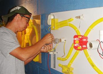 Curso de Eletricista Gratuito no Senai Curso de Eletricista Gratuito no Senai
