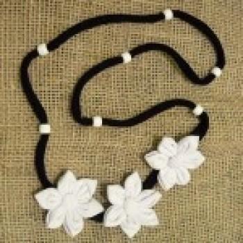 colares de tecido com flores fotos 1 Colares De Tecido Com Flores   Fotos