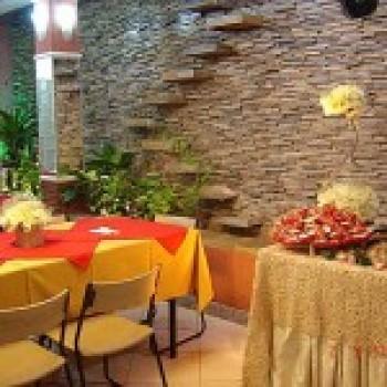 Fotos de decora o de restaurantes - Como decorar un bar pequeno ...