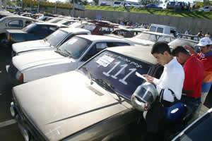 Leilão carros–usado batidos Leilão de Carros   Usados e Batidos