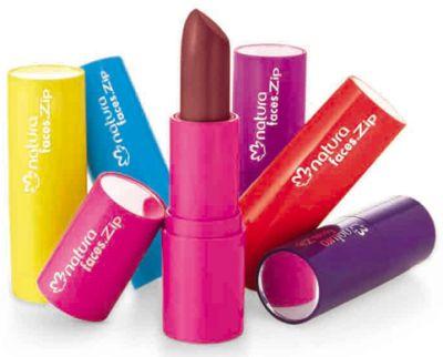 Adoro Maquiagem Adoro Maquiagem   www.adoromaquiagem.com.br