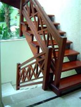Corrimao de Madeira Para Escada Fotos3 Corrimão de Madeira Para Escada, Fotos