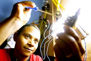 curso gratuito de eletricista instalador senai Curso Gratuito de Eletricista Instalador SENAI