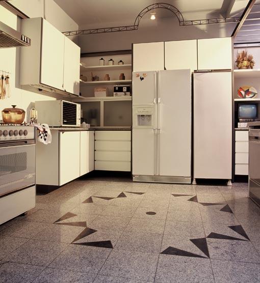 Pisos de cer mica cozinha fotos for Modelos de ceramica para pisos de sala