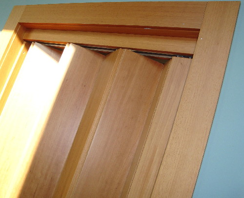porta de madeira sanfonada fotos Decoração com Porta de Madeira Sanfonada Fotos
