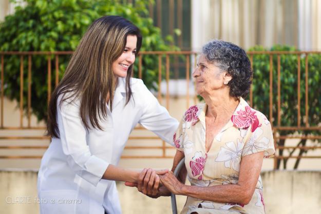 curso gratuito de cuidador de idosos em sp Curso Gratuito de Cuidador de Idosos em SP