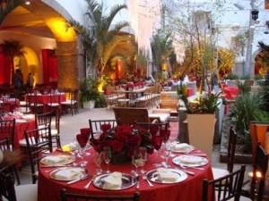 20080924120000 35009 large decoracao de mesa do casamento de lavinia e celso1 300x225 Decoração de Casamento de Dia, Sugestões, Fotos