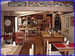 B ARCOS salão 1 pr 300x225 Móveis com Madeira de Demolição