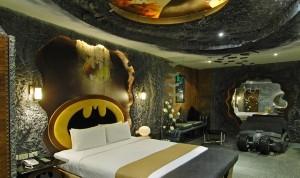Batman room Freshome decoração em motel 300x178 Decoração em Motel Dicas