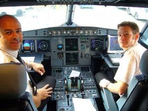 Curso de Piloto de Avião Comercial 1 300x225 Curso de Piloto de Avião Comercial
