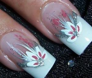 Curso de unhas decoradas1 300x252 Como Decorar Unhas Com Esmaltes